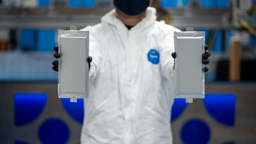 Ford, BMW boost investment in solid-state battery startup